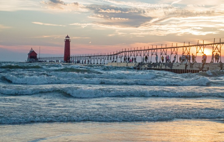 2016-august-sunset-grand-haven-sunset_08-23-16_3848