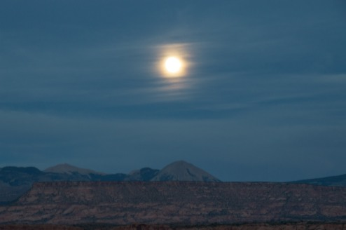Full moon in Moab